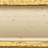holzmuster-creme-patiniert-mit-gold-grifoni