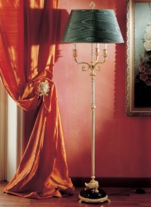 stehlampe-klassisch-bronze-marmor-laudarte-stelo-cariti