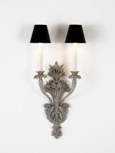 wandlampe-geschnitzt-grau-holz-chelini-1197