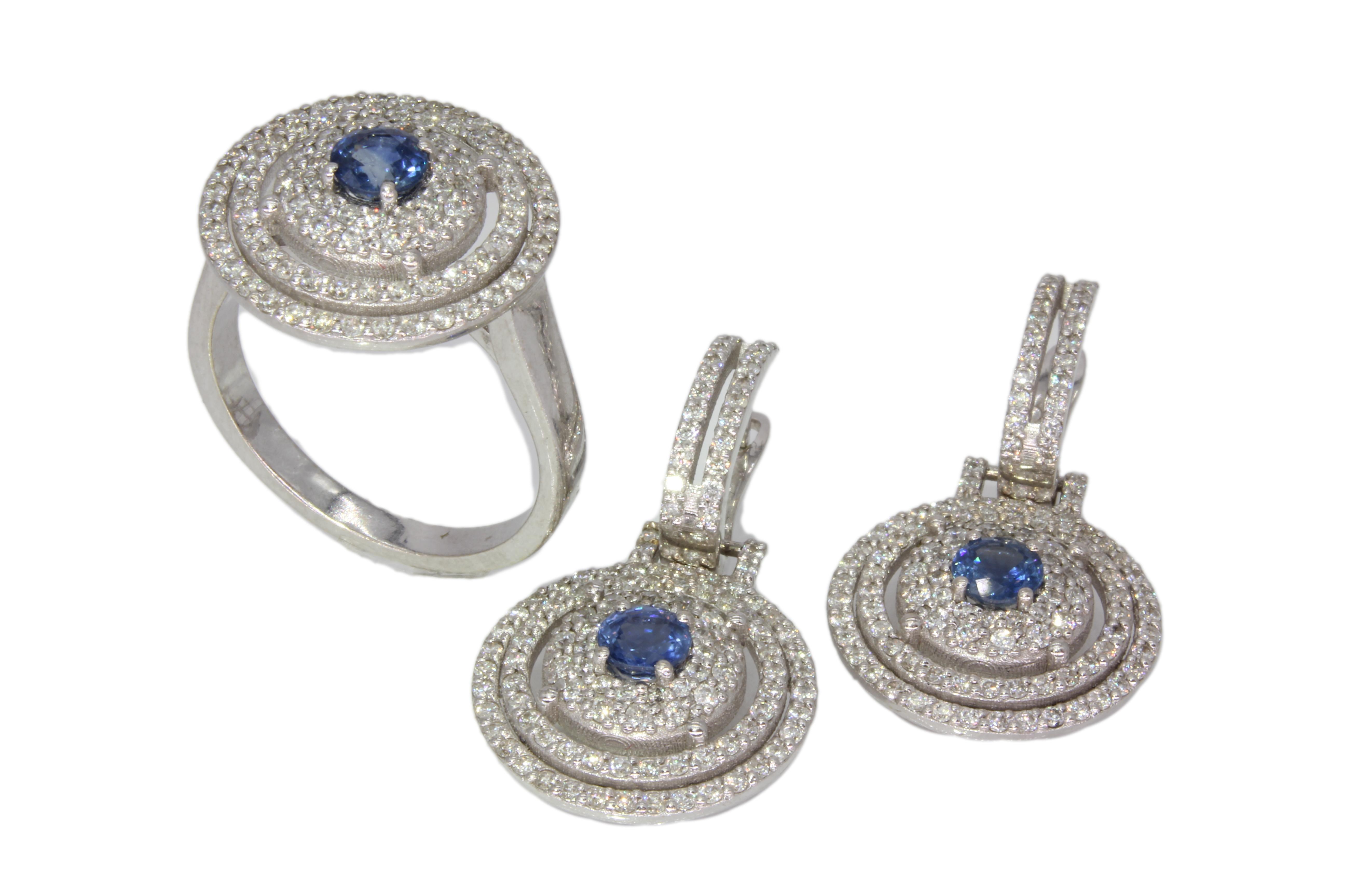 Brillant Ring und passende  Ohrhänger