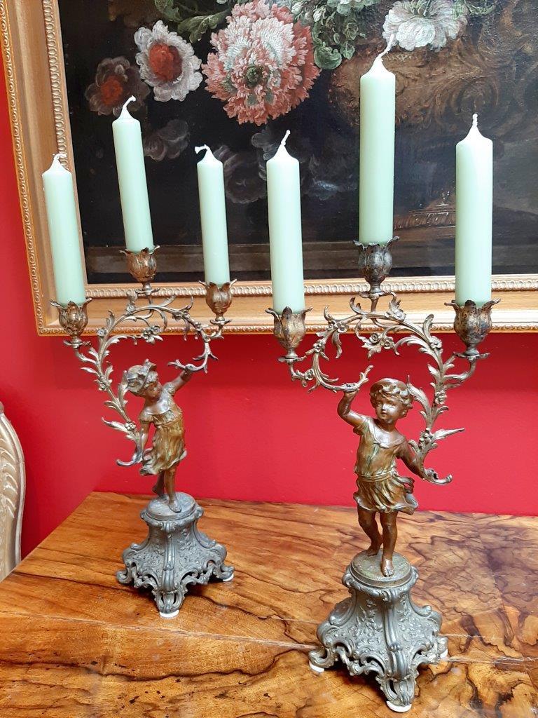 Kerzenleuchter Paar aus Bronze, 19. Jahrhundert