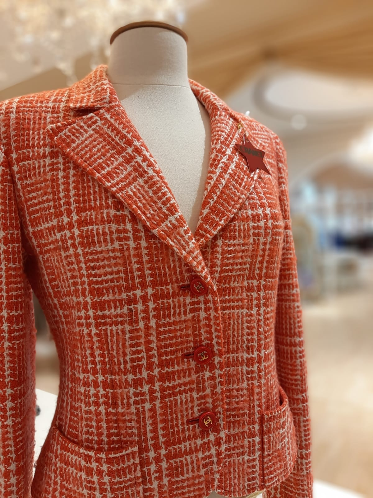 Chanel Blazer in Wolle rot in Gr. 38