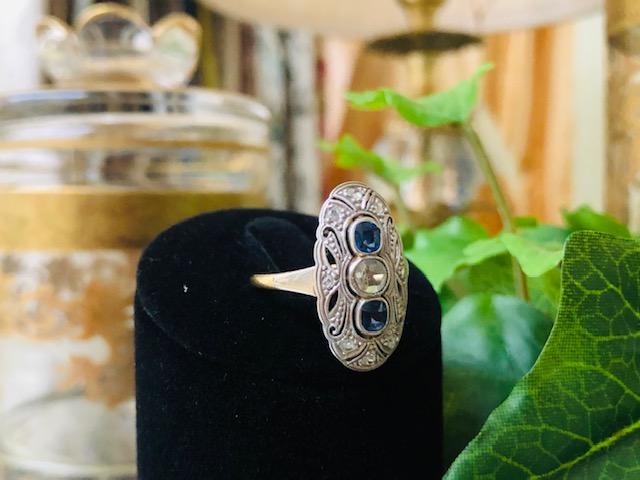 Antiker Art Deco Ring im Schiffchenstil