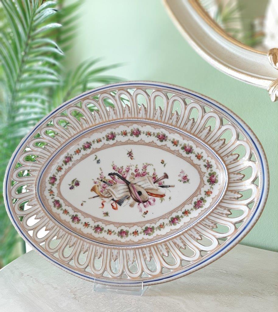 Porzellan Schale von Nyon aus der Schweiz
