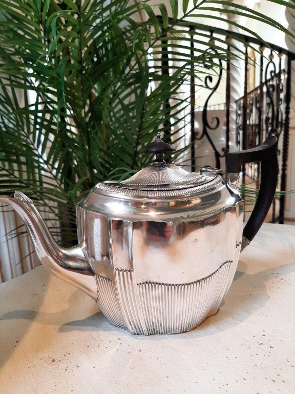 Englische Teekanne, Silber plated