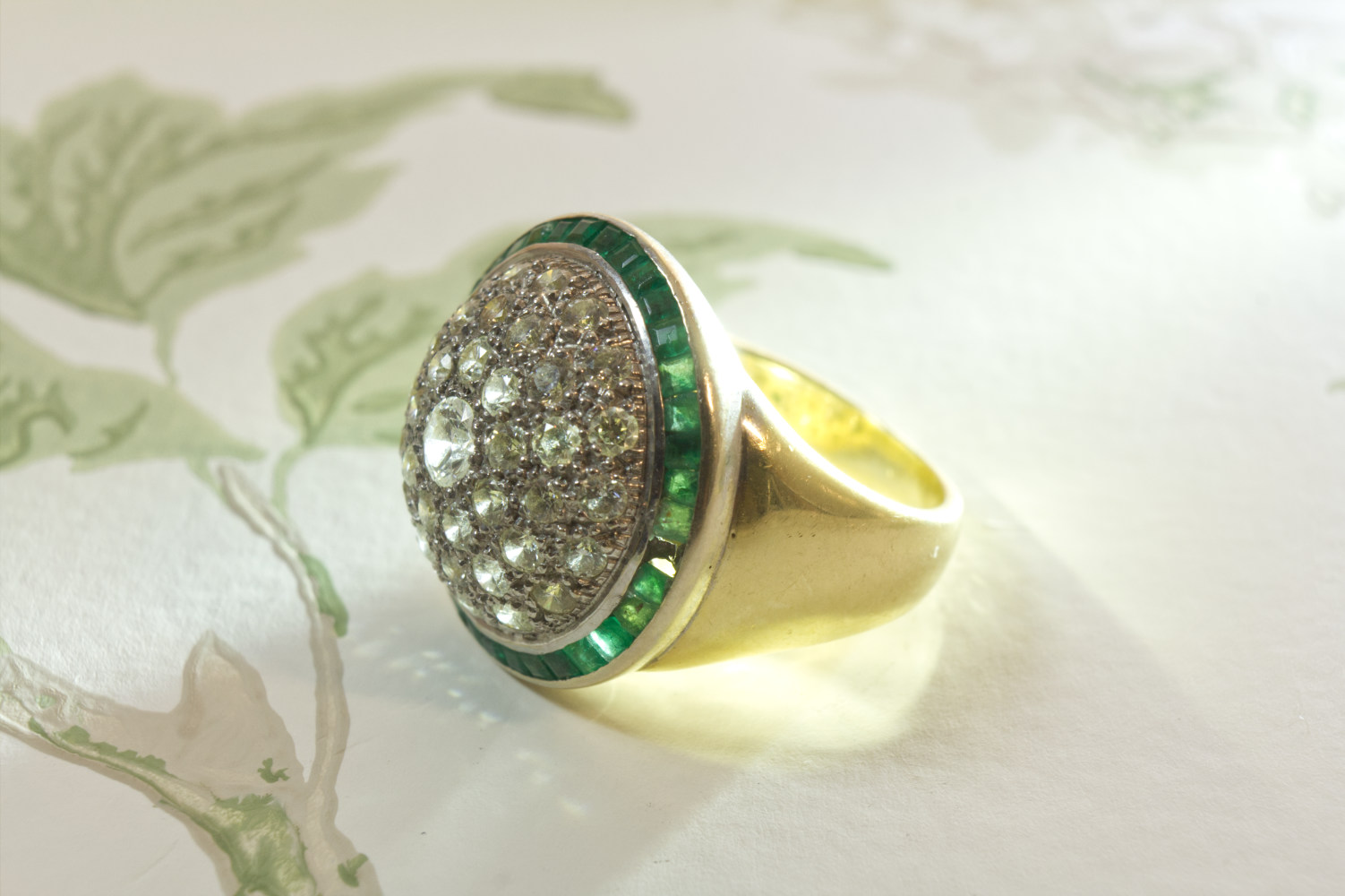 Ring Brillanten und Smaragde