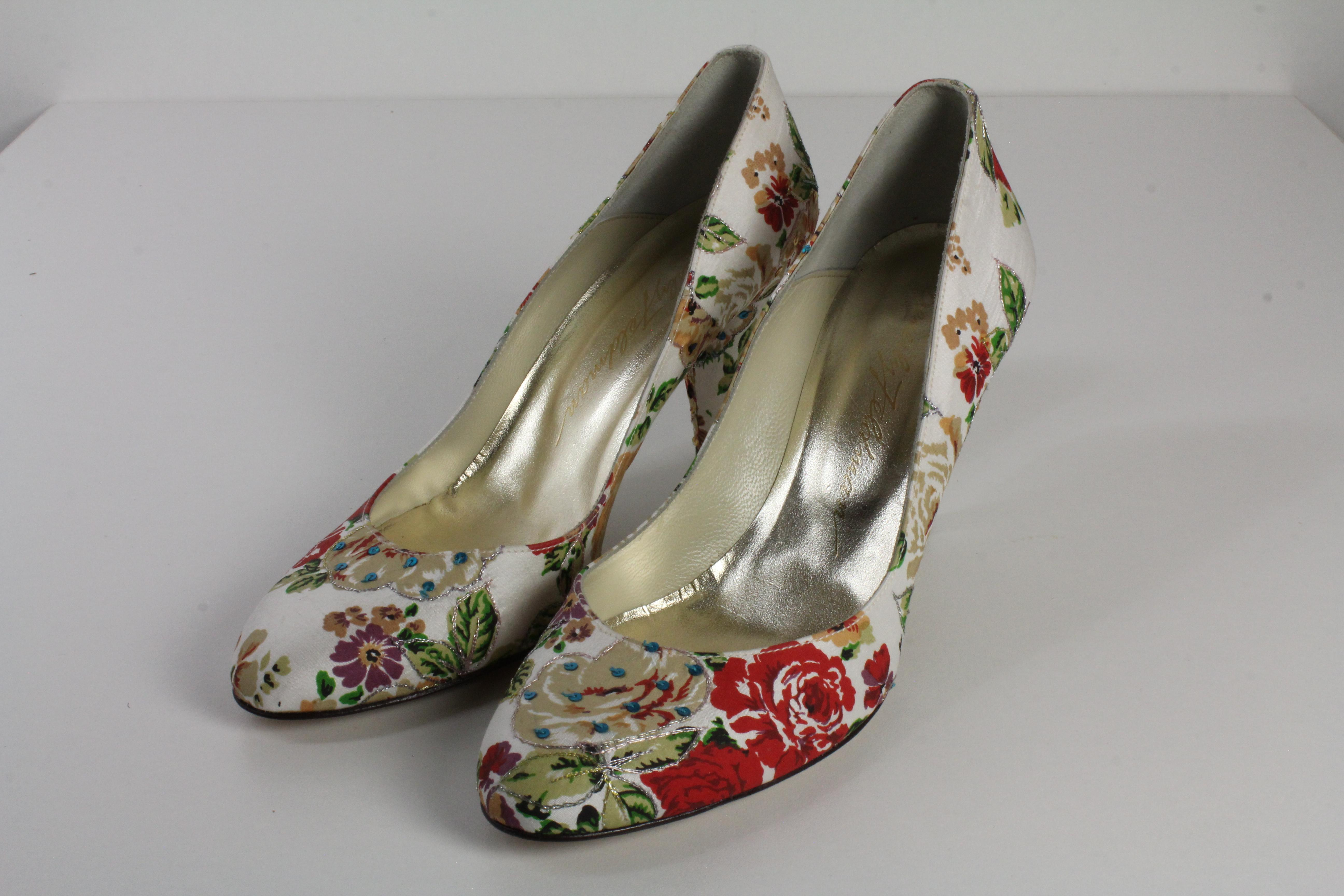 Beverly Feldman Pumps Blumen