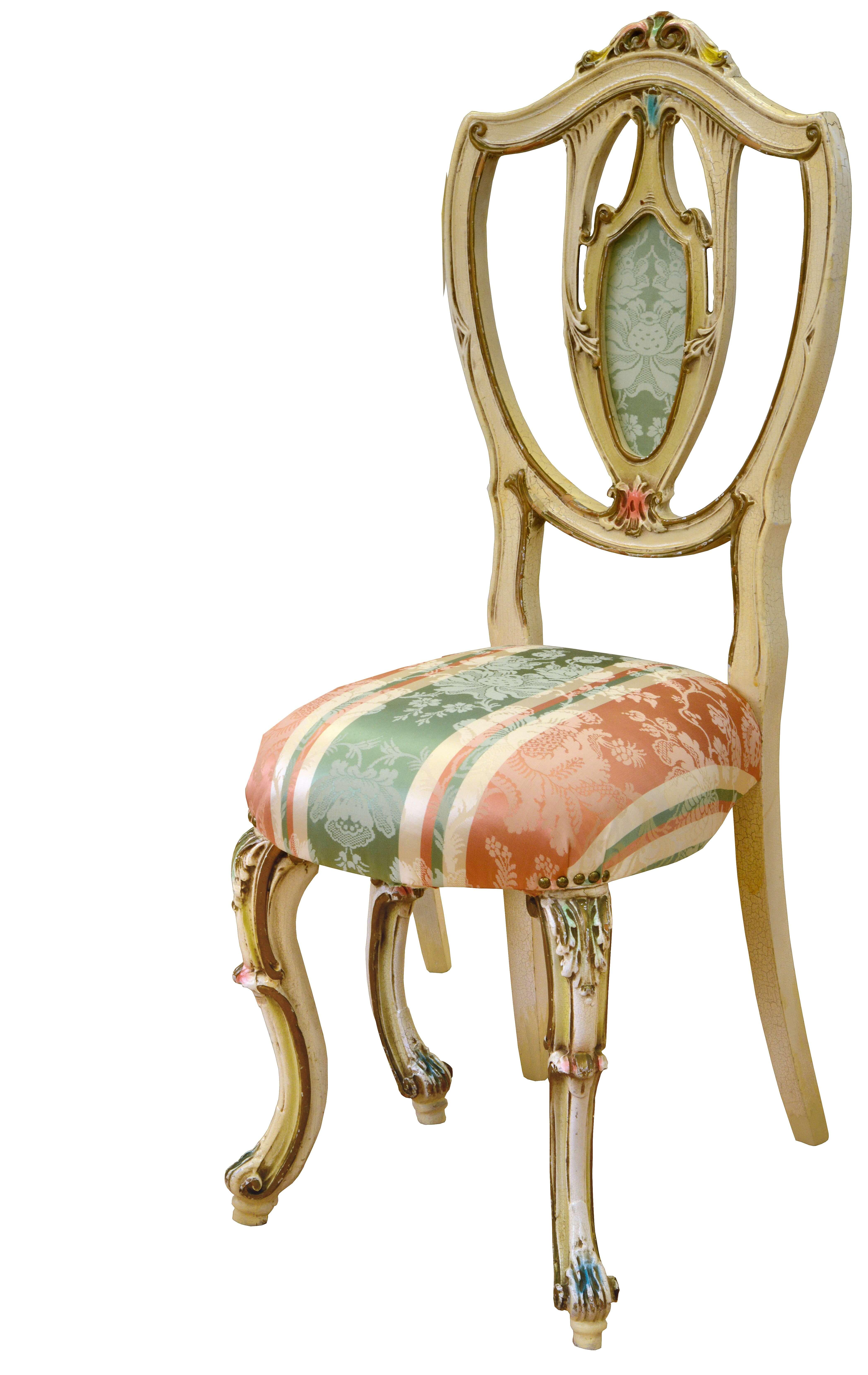 Pastellfarben gefasster Stuhl DARIA entstammt einem Chalet an der Amalfi Küste. In den eigenen Werkstätten aufgearbeitet und neu gepolstert. Pastellfarben Gefasster Stuhl DARIA mit gestreiftem Seidenbezug