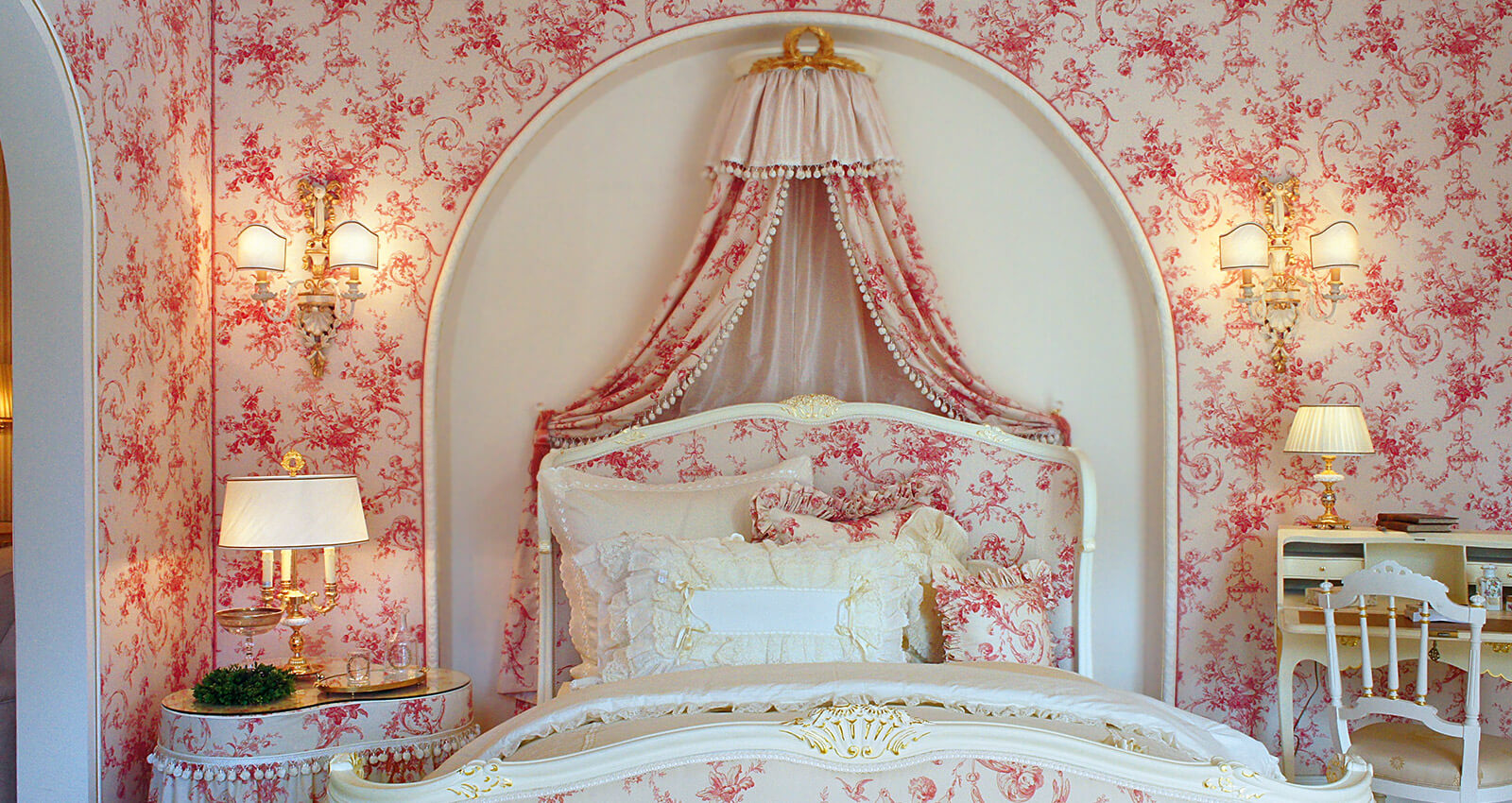 rundgang-13-rosen-schlafzimmer