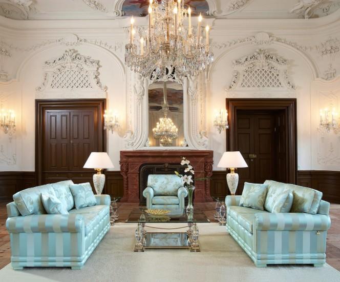 sofa-klassisch-finkeldei-nora-blau-577