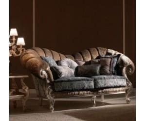 sofa-stilmoebel-klassisch-creme-mario-galimberti-benedetta
